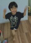 踊りまわる息子.jpg