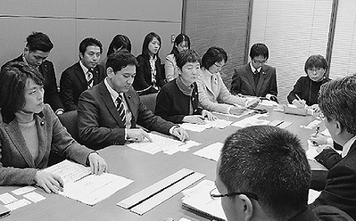 http://yamadakohei.jp/blog_upfile/%E3%81%97%E3%82%93%E3%81%B6%E3%82%93%E8%B5%A4%E6%97%9711%E6%9C%8826%E6%97%A5%E4%BB%98%E3%81%91.jpg