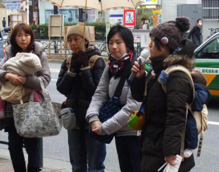 http://yamadakohei.jp/blog_upfile/%E4%BF%9D%E8%82%B2%E5%BE%85%E6%A9%9F%E5%85%90%E7%AB%A5%E9%9B%86%E4%BC%9A%EF%BC%92.JPG