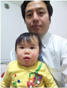 http://yamadakohei.jp/blog_upfile/2012%E5%B9%B4%E6%96%B0%E5%B9%B4%E5%AD%90%E3%81%A9%E3%82%82%E5%86%99%E7%9C%9F.JPG